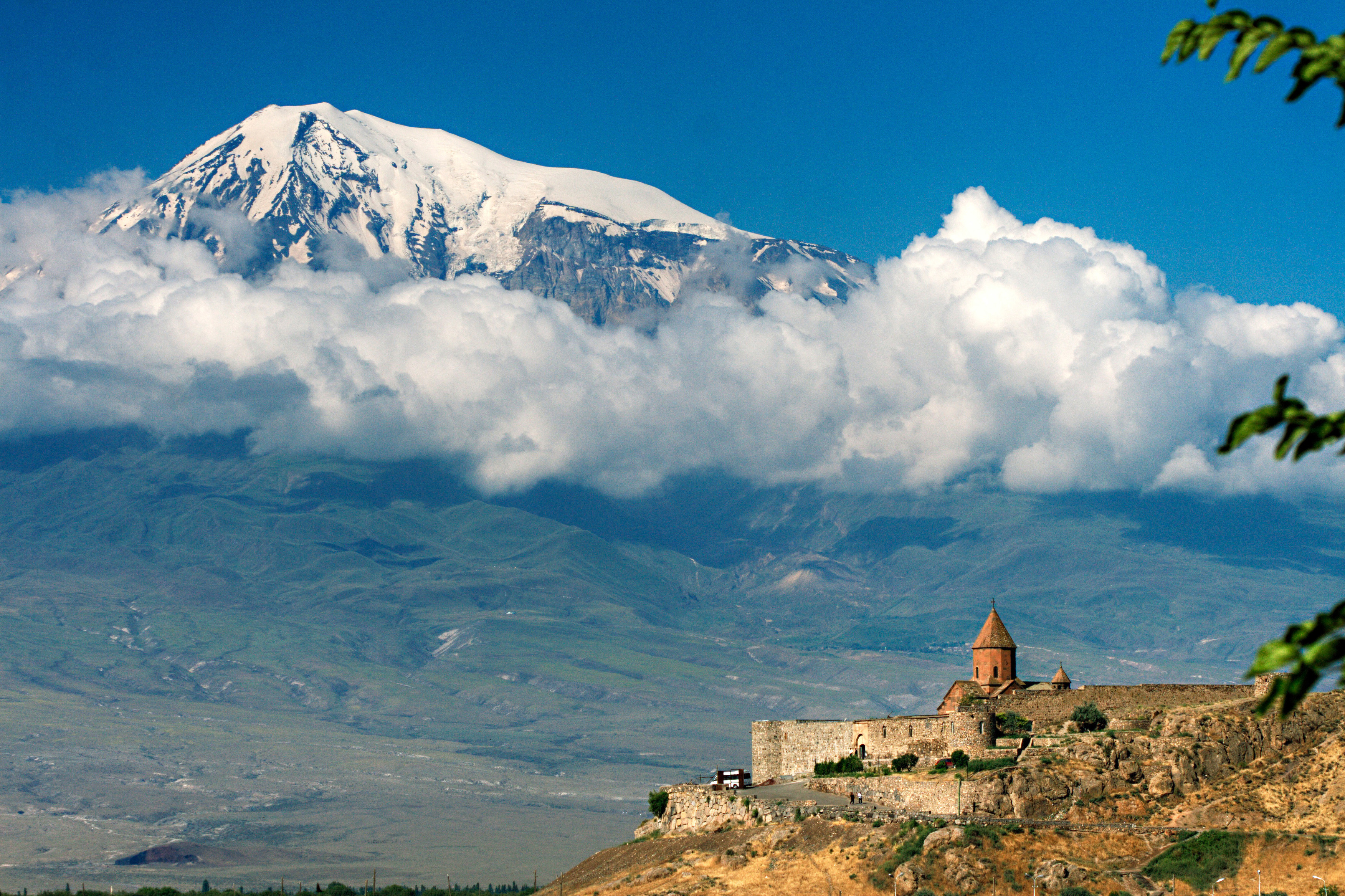 Mount Ararat Is A National Symbol For The Armenian People 100